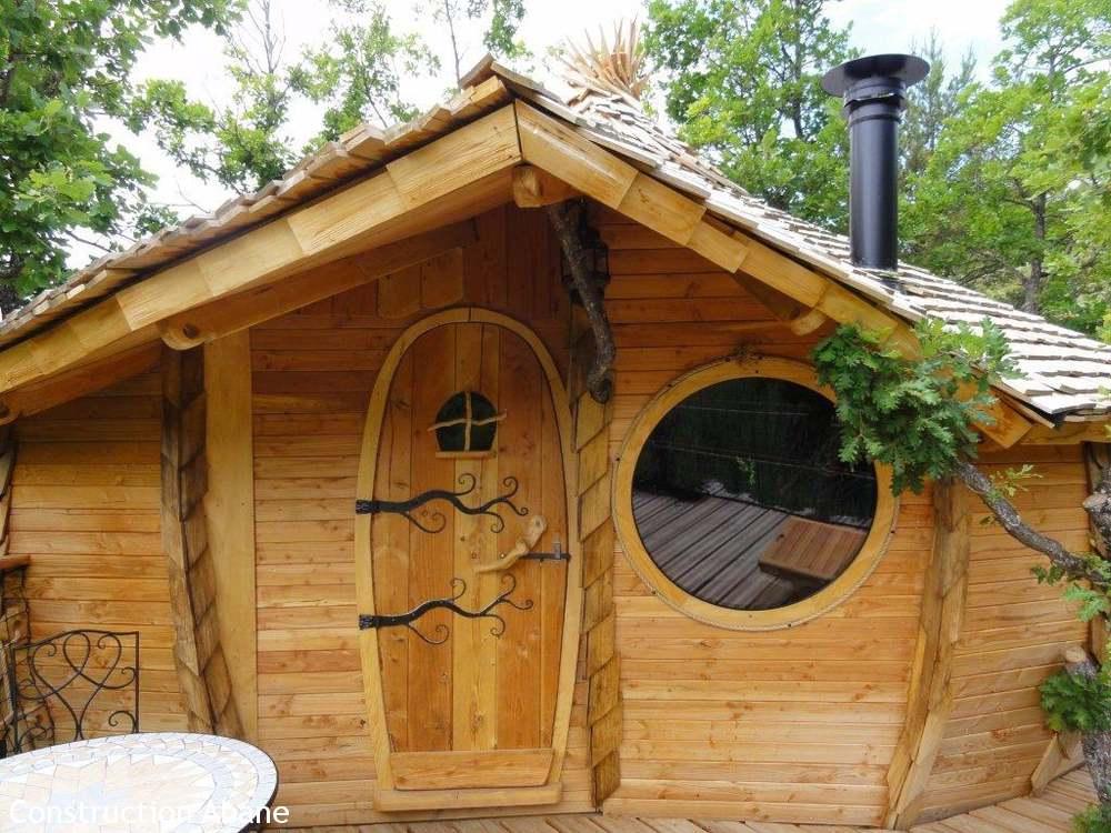 Abane cabane sur pilotis l 39 oasis bellecombe dans la dr me abane - Plan cabane sur pilotis ...