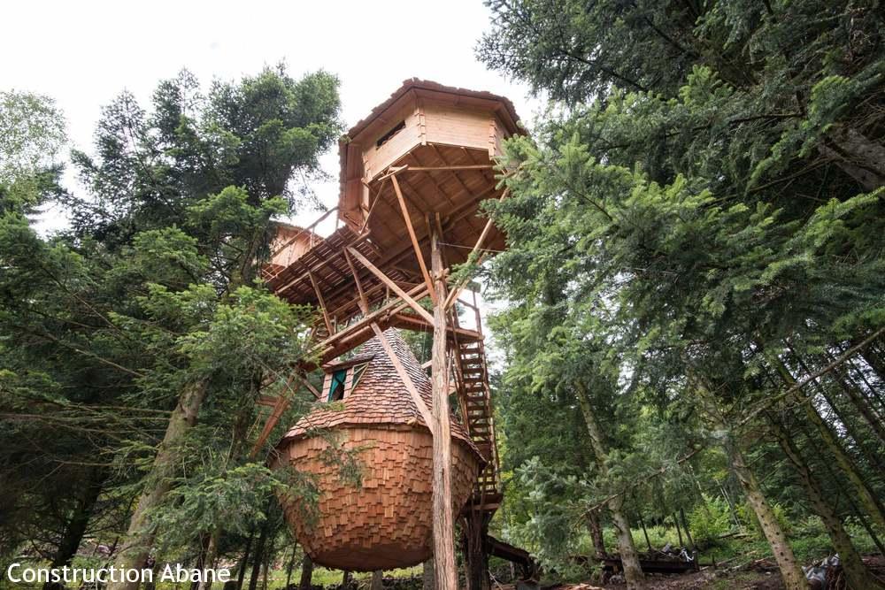 Abane les trois cabanes perch es de bol d 39 air dans les for Acheter cabane dans les arbres